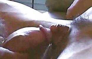 Tetona les videos porno gratis familia MILF los dedos