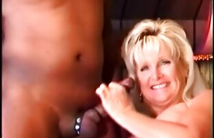 Adolescente linda Audrey Grace abre sus piernas para follar duro sexo familiar video