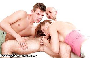 Bellezas familia xxx en español lesbianas cachondas se desnudan frente a la cámara