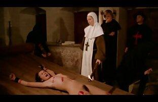 La trio familiar xxx puta adolescente Amara Romani follada duramente por un agente de casting